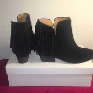 Sz36 Fringe Black Boots from Free People by Matiko